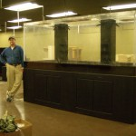 1200 gallon custom cafe centerpiece by Indoor Oceans